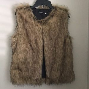 Tan/Brown Faux Fur Vest (Size: S, NWOT)
